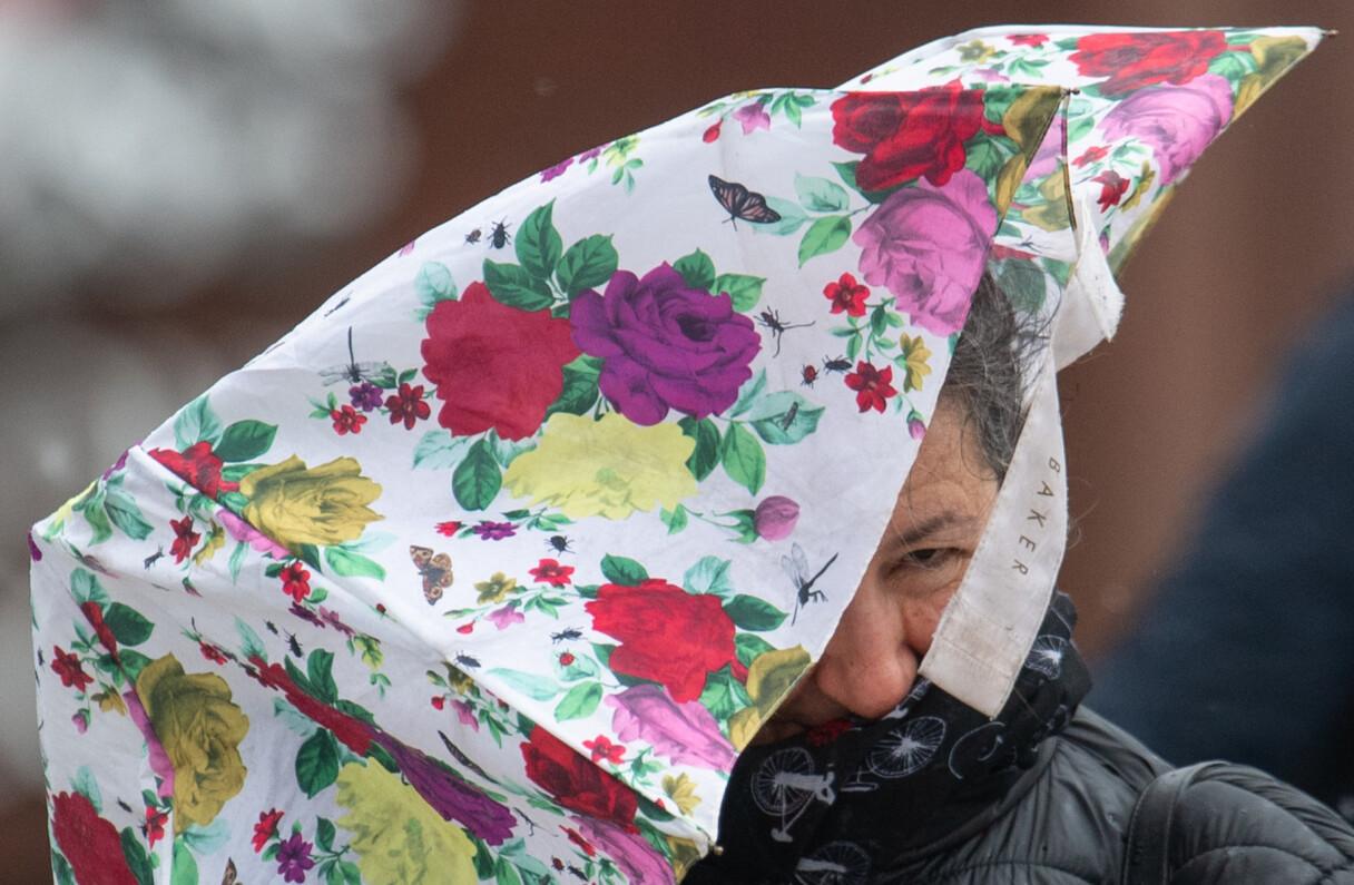 Trešdiena būs lietaina; gaidāmas arī stipras vēja brāzmas