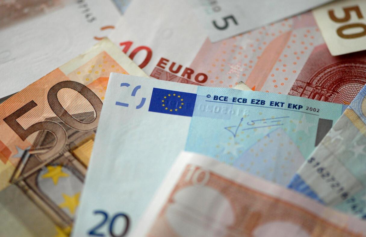 Latvijai tiek prognozēta otra straujākā ekonomikas lejupslīde Baltijā
