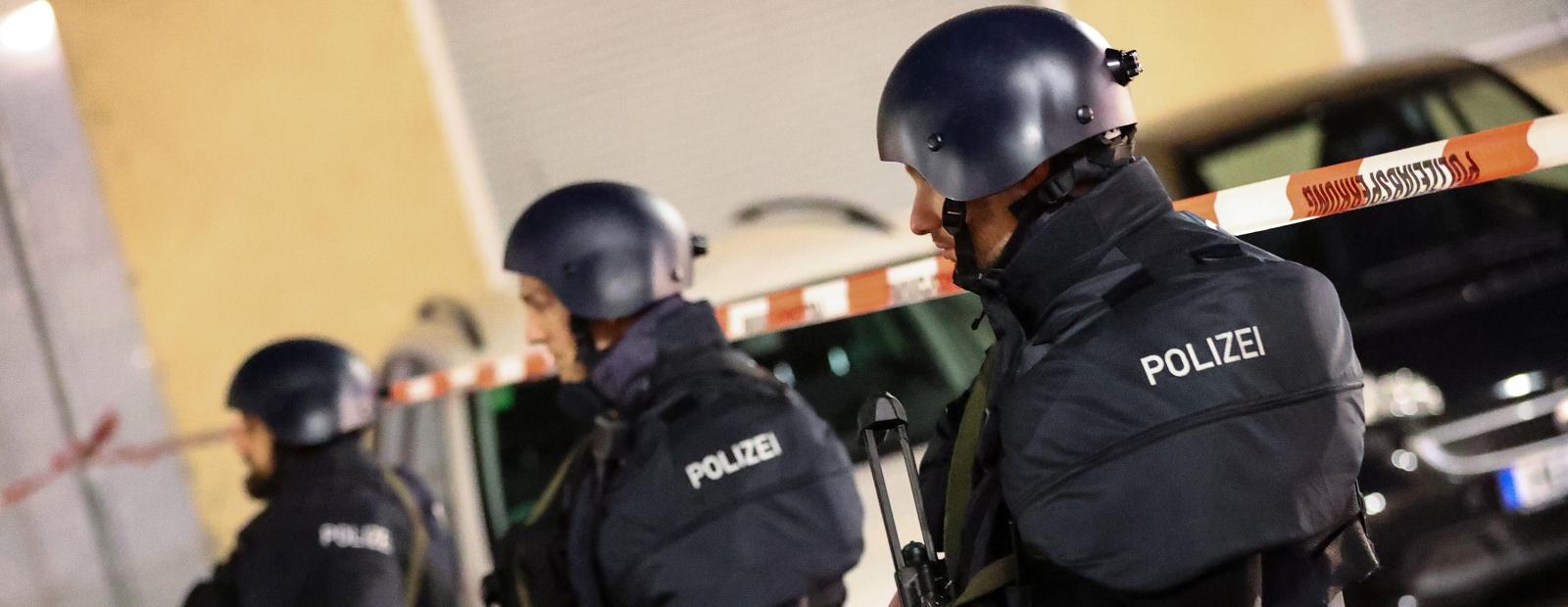 Apšaudēs Vācijas pilsētā nogalināti vairāki cilvēki