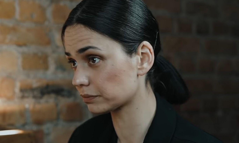 Video: Aktrise Dārta Daneviča komentē savas attiecības ar Artusu Kaimiņu