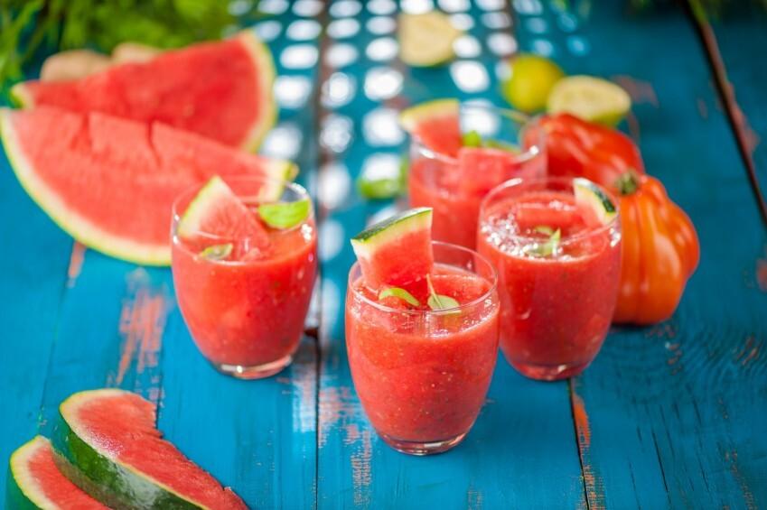 Arbūza un tomātu aukstā zupa