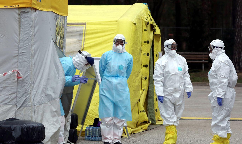 ASV pētnieki prognozē, kad Covid-19 izplatība Latvijā sasniegs augstāko punktu un cik cilvēki no vīrusa mirs