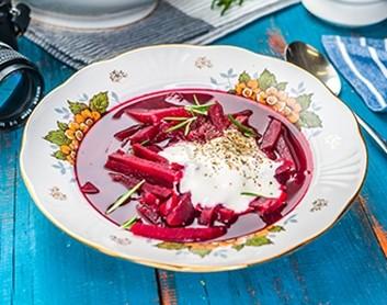 Biešu zupa ar rozmarīnu