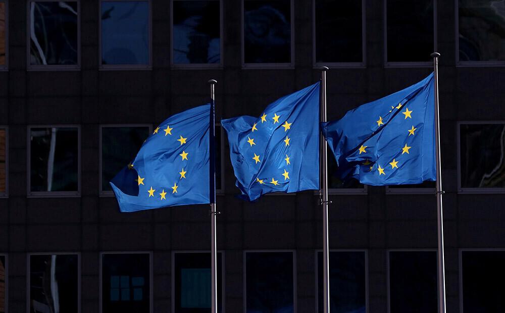 Brīdina par Covid-19 dēļ noteikto ierobežojumu potenciālajiem draudiem demokrātijai