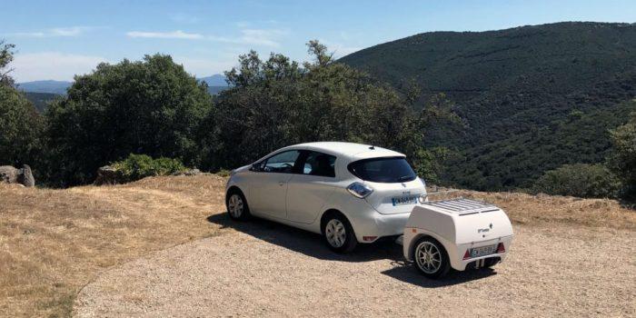 Francūži izstrādājuši elektroauto paredzētu piekabi – ģeneratoru