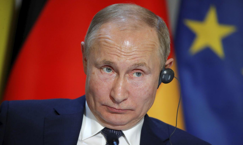 Krievijas parlaments atbalsta Putina tiesības kļūt par