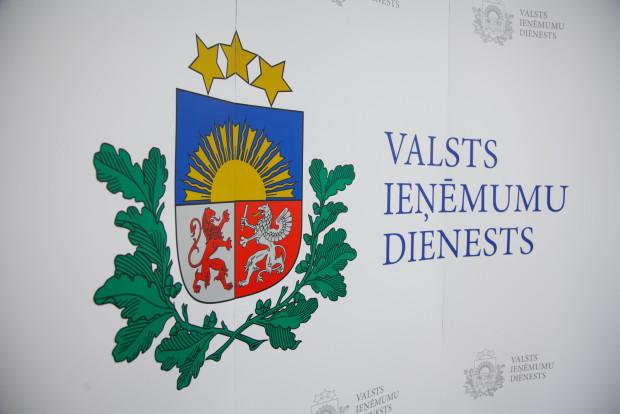 Latvijas iedzīvotāji valstij parādā 871 miljonu eiro