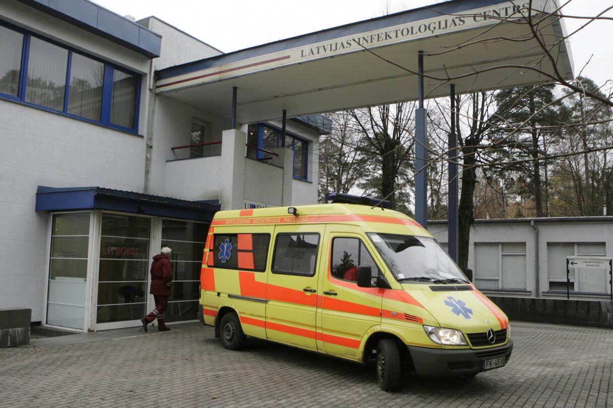 Pēdējā diennaktī Latvijā lielākais Covid-19 gadījumu skaits: 15 jauni pacienti, kopumā saslimuši 49